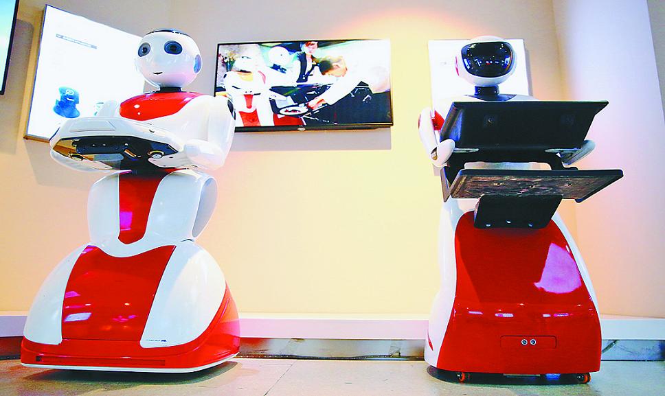 日本酒店解雇机器人员工,AI想抢人类饭碗没那么容易