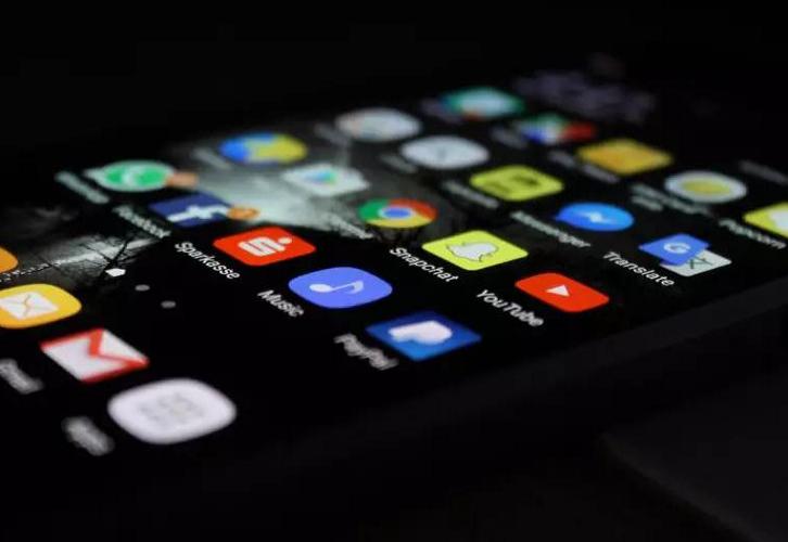 """苹果辩称""""收税""""是行业标准做法,""""苹果税""""究竟合不合理?"""