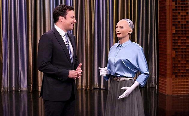 """""""索菲亚""""即将量产,人形机器人能与我们和平共处吗?"""
