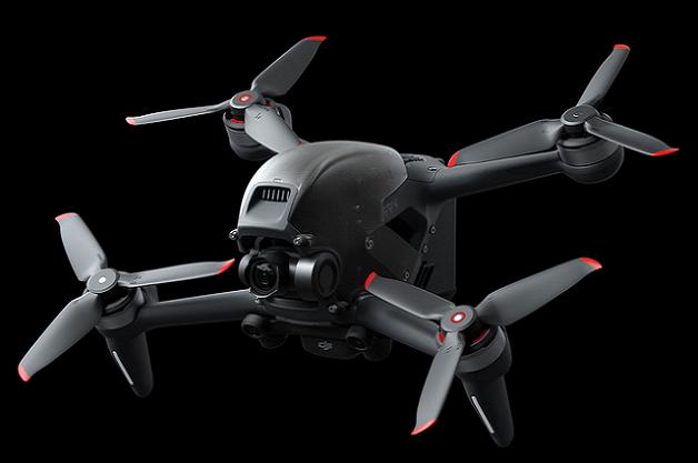 配合VR设备模拟真实飞行体验,大疆这款无人机想不火都难
