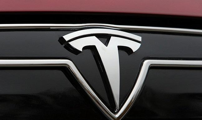 特斯拉AI日前瞻:自动驾驶再遭调查,马斯克还能说什么?