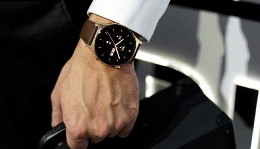 荣耀手表GS 3首次亮相,高端轻奢商务范